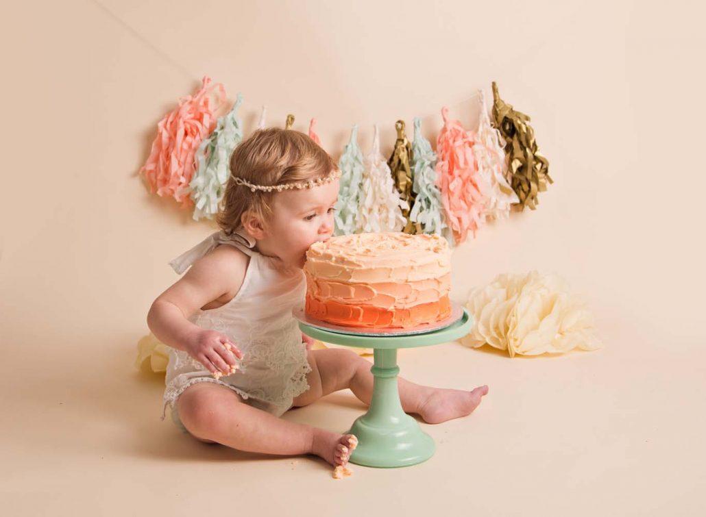 cake smash photo shoot Sunderland tyne and wear119